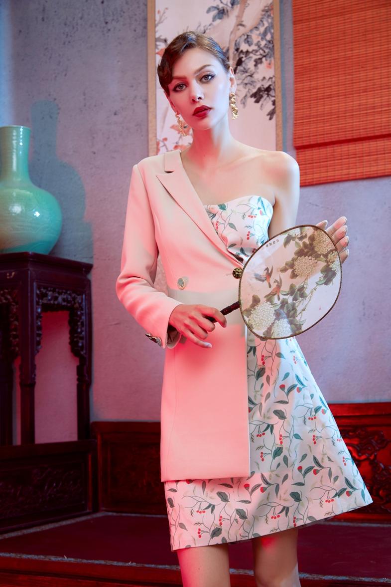 ICY携手中国设计师再度亮相2020纽约时装周